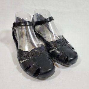 Bare Traps Riggins Leather Fisherman Sandals 8
